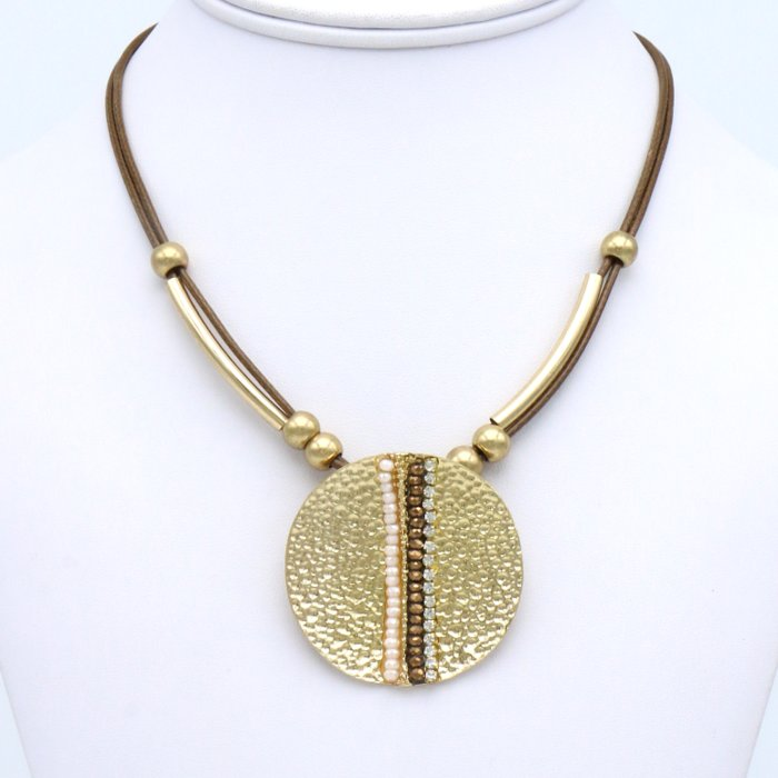 necklace 0119538-02 pendant hammered round disc crystal rhinestone bar beads waxed cotton cord