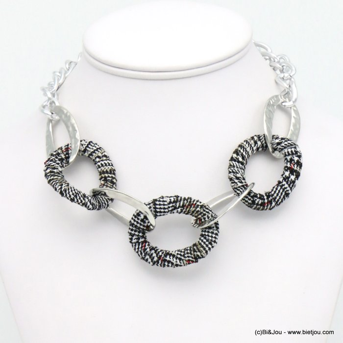 necklace 0119582-01 tartan fabric wrap hammered metal rings curb link chain
