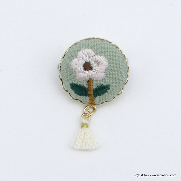 brooch 0518522-19 vintage flower white fabric tassel pin round 2cm