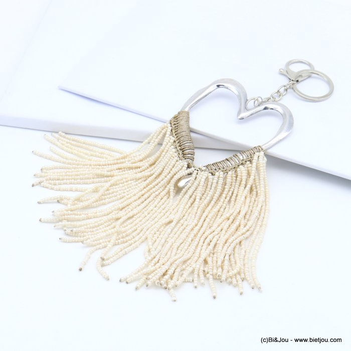 handbag key holder 0819022-06 hammered heart shape, braided wire, multiple rows of pearls
